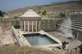 Італійські археологи знайшли вхід до царства мертвих, де гинуть птахиФОТО
