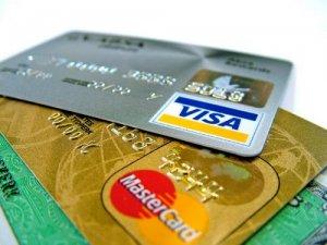 Українці відповідально користуються кредитними лімітами на картках - експерт