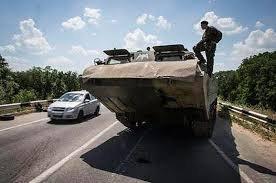 До Луганська в'їхала колона важкої техніки з РФ