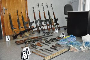 Жителі Львівщини активно долучилися до місячника здачі зброї