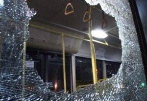 Невідомі розстріляли пасажирський автобус