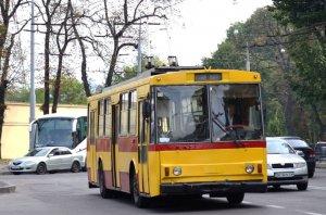 У Львові сталася ДТП тролейбуса й автобуса