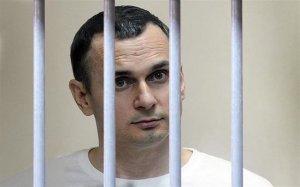 """Сестра Сенцова спростувала інформацію про """"передсмертний стан"""" політв'язня"""