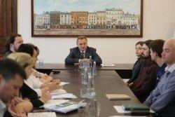 Мер міста заборонив будь-яку обрізку дерев у Львові до спільного прийняття уніфікованих правил із активістами