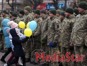 У Самборі військовим інженерам подарували тепло сердець.