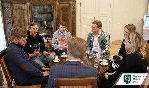 Андрій Садовий зустрівся з авторами фільму «Черкаси» напередодні всеукраїнської прем'єри