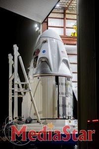 Екіпаж Crew Dragon покинув корабель. NASA повідомила нову дату старту