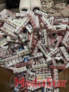 У подвійному даху автомобіля митники знайшли майже 5 тис. пачок  сигарет