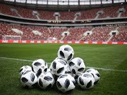 Гасла, які не подобаються УЄФА та РФ, хочуть зробити футбольними символами України