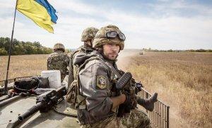 Доба на Донбасі: двоє поранених та численні обстріли противника