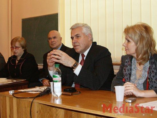 У Львові розповідають як боротися з муковісцидозом