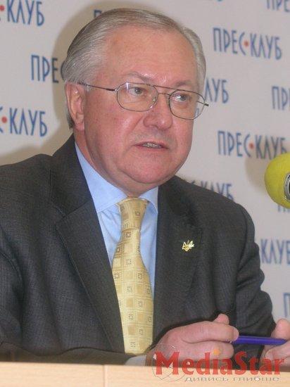 Ющенко намагався розколоти Рух, - Тарасюк (ФОТО)