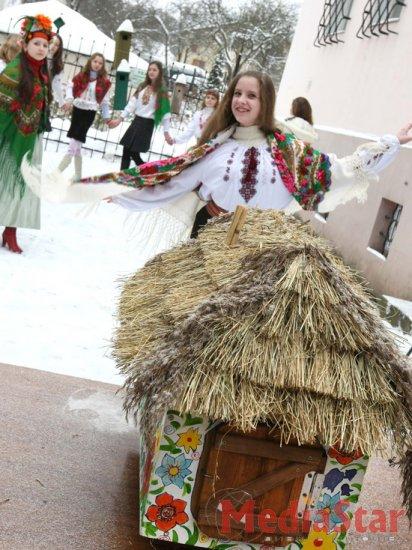 Львівські бабаки прогнозують ранню весну (ФОТО)