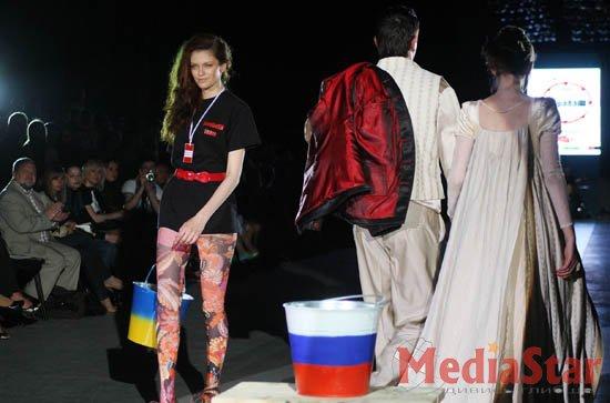 На Lviv Fashion Week протестували проти ЧФ Росії в Україні (ФОТО)